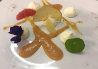 Ricotta mantecata con emulsione al pomodoro verde
